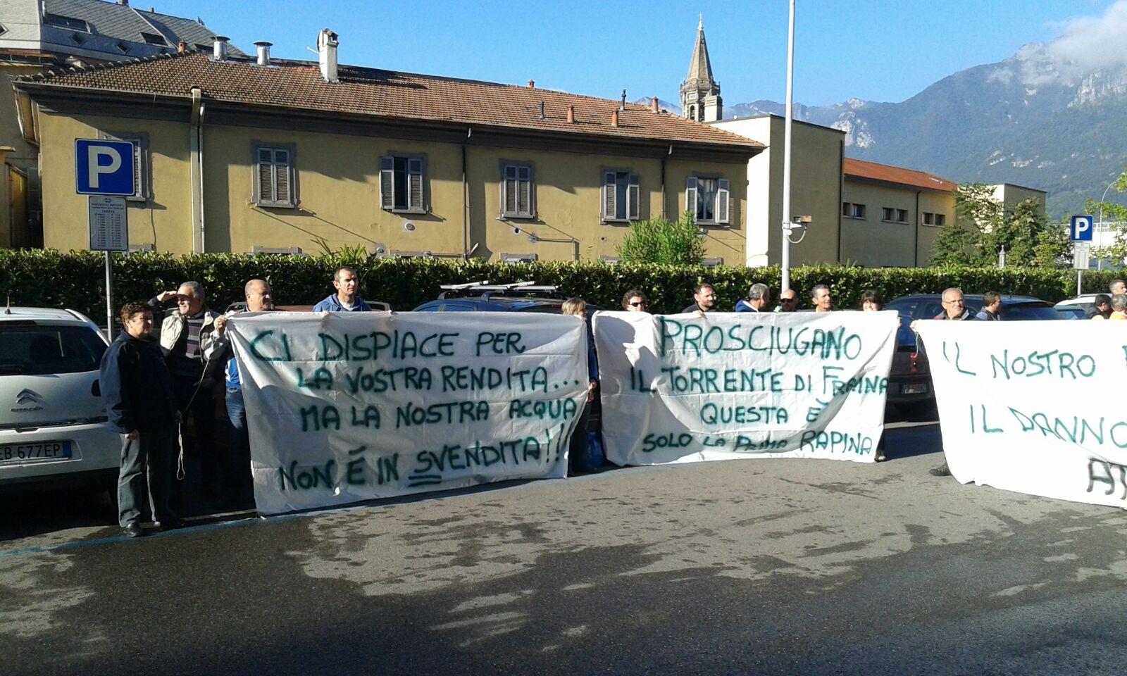 PREMANESI PROTESTA3