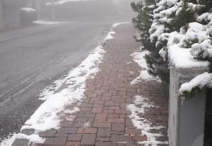 ballabio marciapiede neve