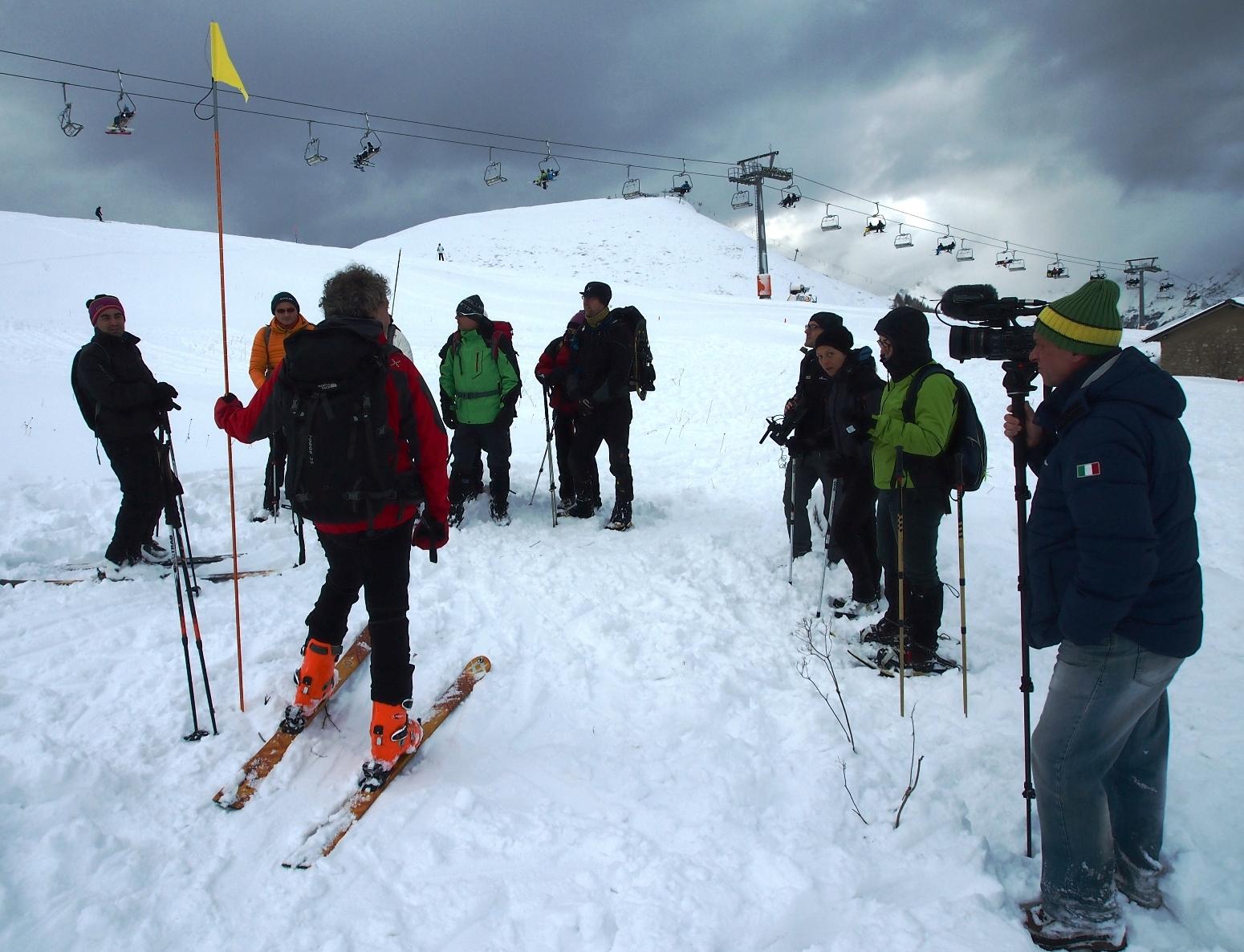 Piani di bobbio sicuri sulla neve torna domenica in for Piani mensili in montagna