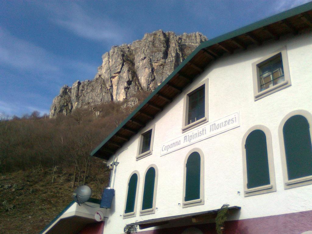 Capanna Alpinisti Monzesi