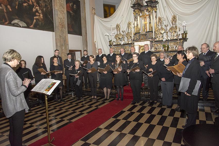 corale introbio schola cantorum
