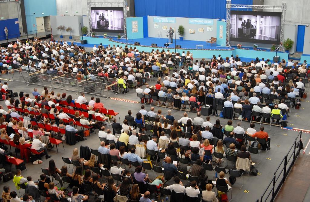 Testimoni di Geova dai Castelli Romani al Congresso all'Olimpico