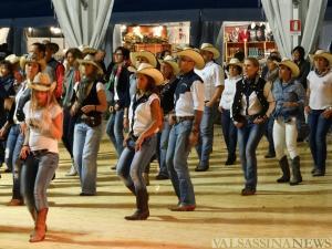 country festival 16i 12
