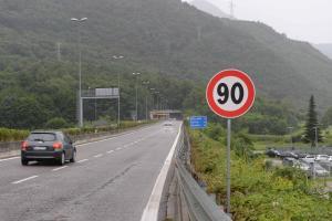 Colico strada statale SS 36 limiti di velocità