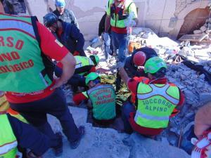 cnsas soccorso alpino terremoto 1