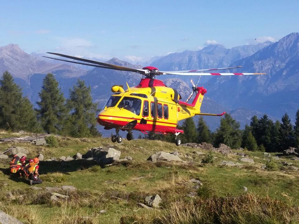 Elicottero Soccorso Alpino : Precipita al passo del toro spavento per un ventenne