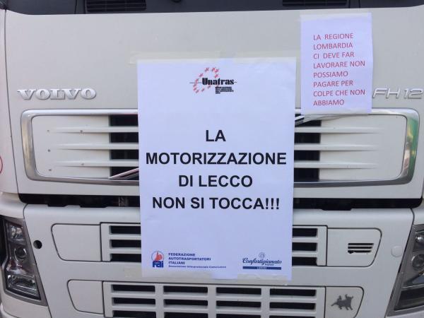 TIR sciopero corteo (4)
