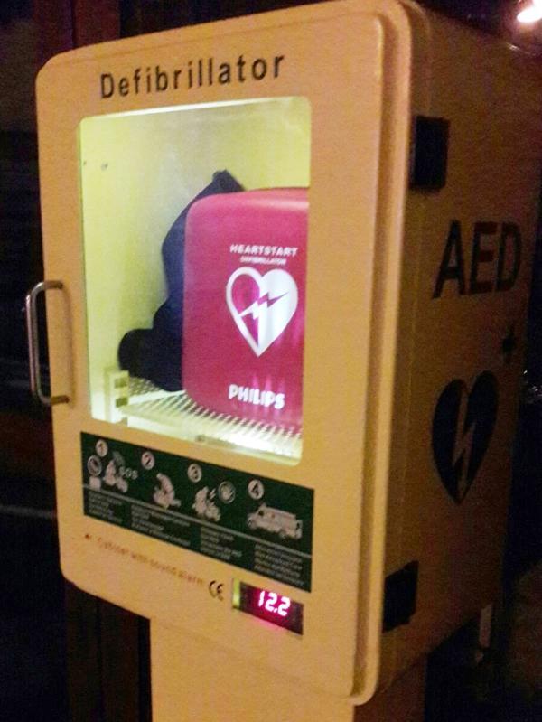 defibrillatore - dae - barzio piazza (3)