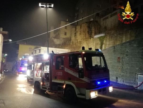 2017_12_22 incendio premana2 vigili del fuoco
