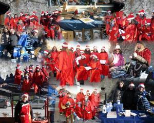 Palloncini e Babbo Natale Mrgno (1)