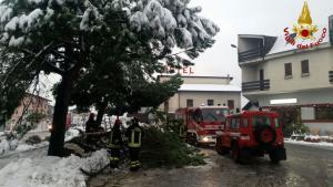 pompieri vigili del fuoco Colico Neve (2)