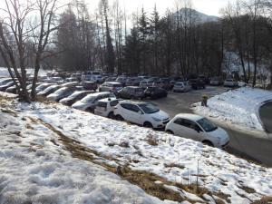 parcheggi barzio sciatori (7)