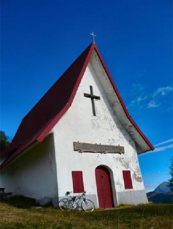 Risultati immagini per san calimero chiesetta valsassinanews