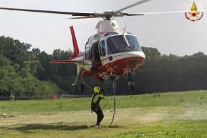 vigili fuoco pompieri elicottero