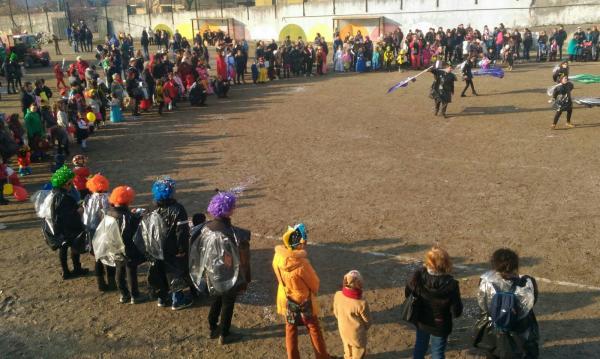 Sfilata Carnevale 2018 INtrobio Primaluna (1)