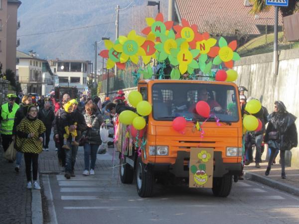 Sfilata Carnevale 2018 INtrobio Primaluna (11) (Medium)