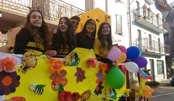 Sfilata Carnevale 2018 INtrobio Primaluna (13)