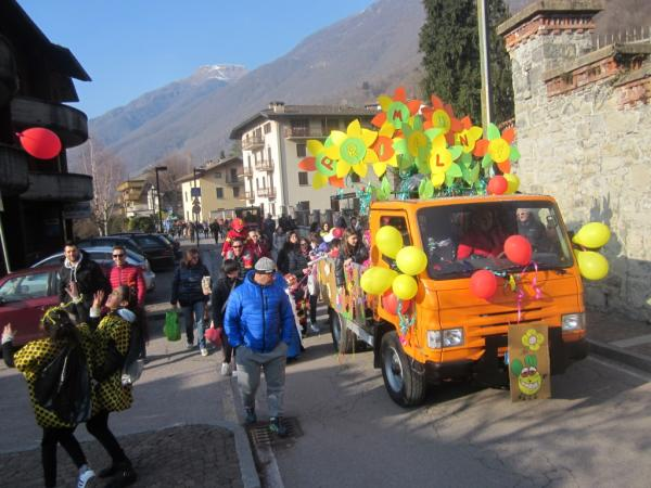 Sfilata Carnevale 2018 INtrobio Primaluna (14) (Medium)
