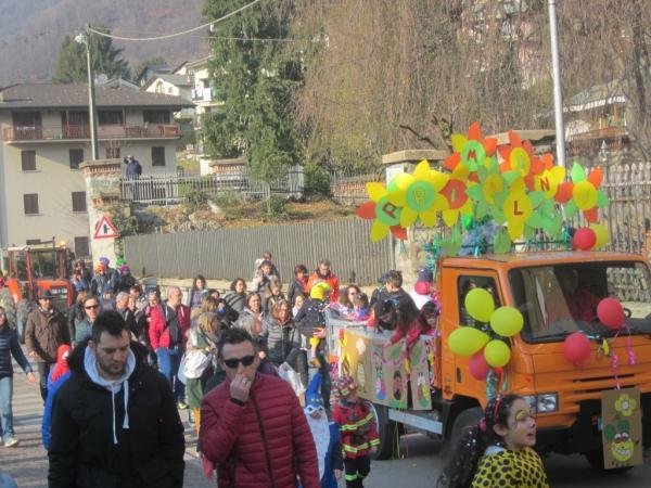 Sfilata Carnevale 2018 INtrobio Primaluna (15) (Medium)