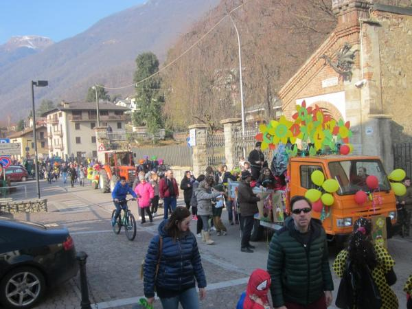 Sfilata Carnevale 2018 INtrobio Primaluna (16) (Medium)