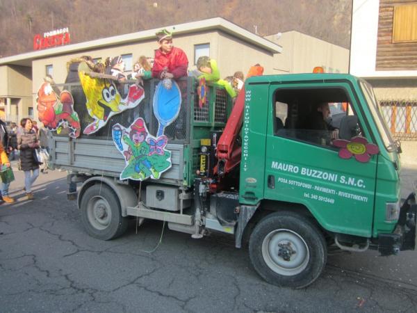 Sfilata Carnevale 2018 INtrobio Primaluna (2) (Medium)