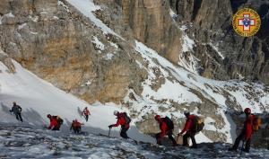 cortina-soccorso-alpino-neve