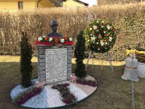 monumento teresio olivelli cassina
