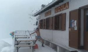 artavaggio-silviu-neve in costume