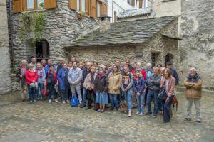 LA ROCHE VINEUSE gemellaggio 2018 Premana il gruppo davanti al vecchio forno