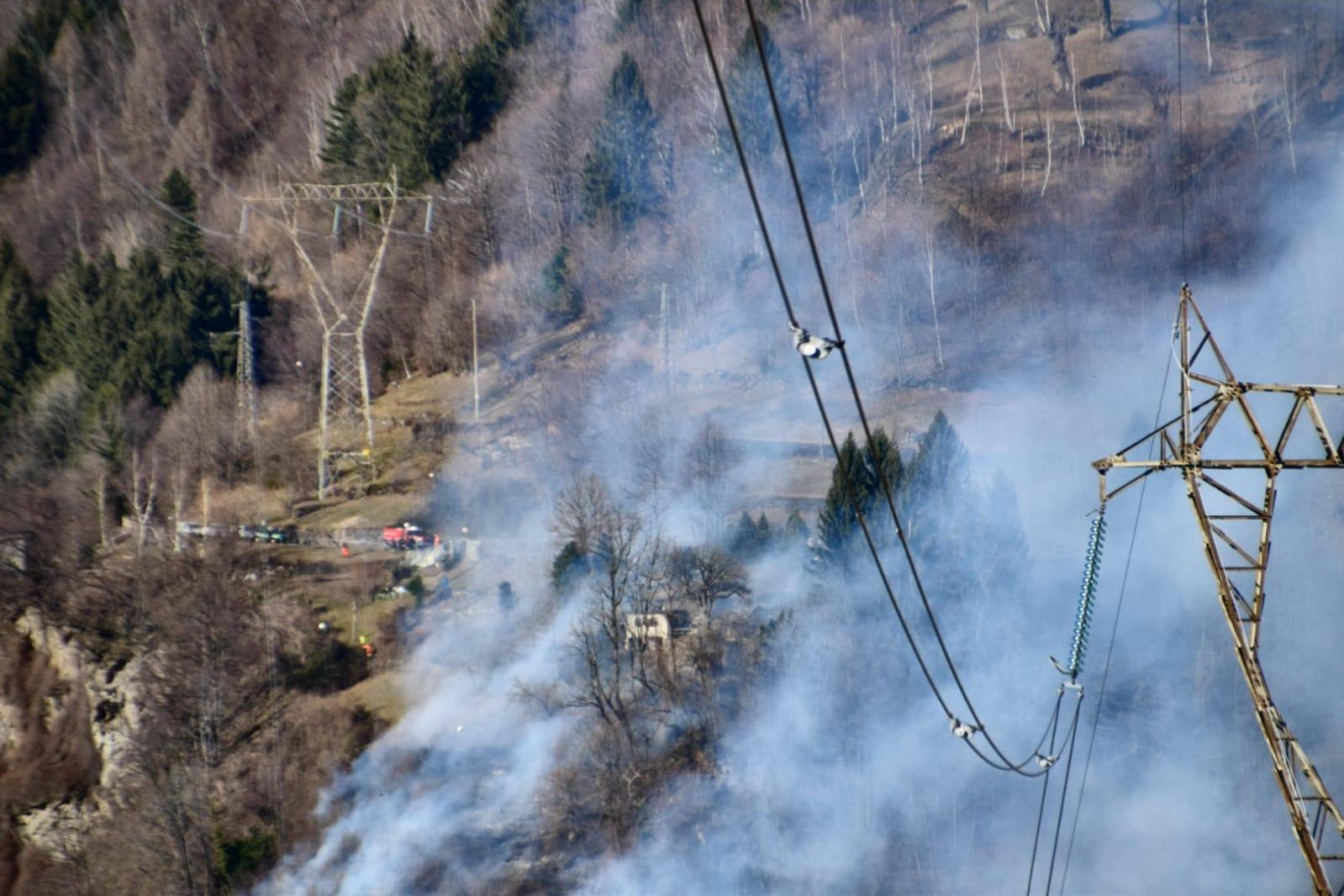 https://www.valsassinanews.com/wp-content/uploads/2020/02/Incendio-pagnona-feb20-QRV-2.jpeg
